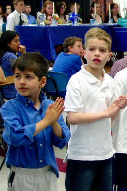 21-Children Clapping